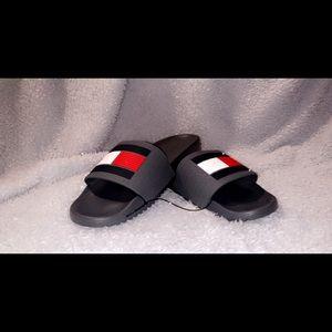 Tommy Hilfiger rubber slides